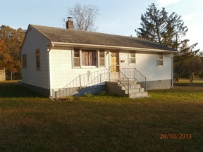 Single Family Home SELLER SAVED $515!*: 561 E Kents Store Rd