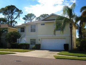 Single Family Home For Lease: 1061 S Pointe  Alexis Dr.