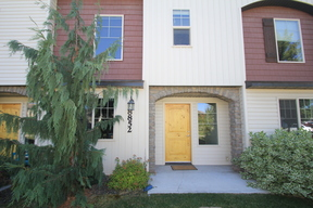 Condo/Townhouse Sale Pending: 8852 W Pine Valley Ln.