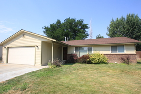Single Family Home Sale Pending: 2185 N. Aster Ave.
