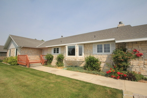 Single Family Home Sale Pending: 8140 W. Kingsbury Dr.