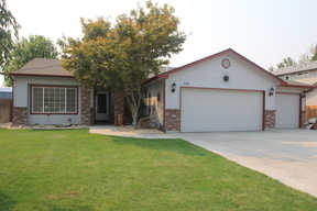 Single Family Home For Sale: 4301 E. Driftwood Dr.