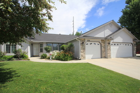 Single Family Home For Sale: 4506 W. Niemann St.