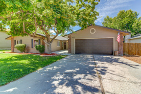Single Family Home For Sale: 2913 S. Chieftain Way