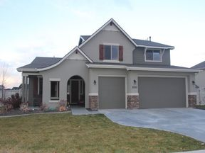 Single Family Home Seller Saved $4,795: 2050 W. Bellagio Dr.