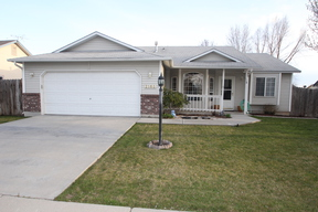 Single Family Home Seller Saved $1,502: 2165 E. Oakcrest Dr.