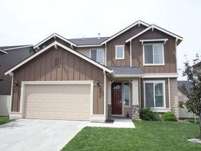 Single Family Home Seller Saved $2,545: 2839 N. Fairglen Ave.