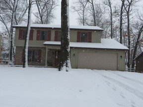 Single Family Home Sold: 6817 Hampsford Circle