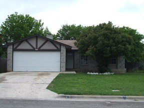 Residential : 900 Lasso Dr.