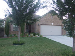 Single Family Home Sold: 301 Briarwood Dr