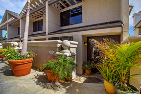 Encinitas CA Attached Sold: $949,000