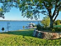 Homes with boat dock Lake Ray Hubbard Heath Rockwall Rowlett Garland