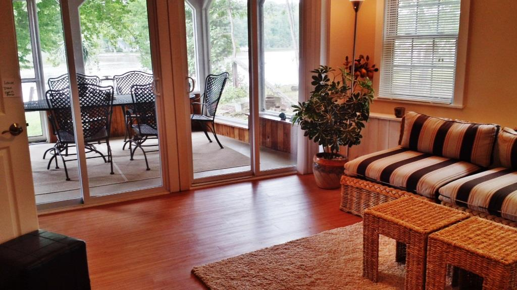 121 Knolwood Rd Elkton MD Waterfront Home for Sale - Family Room