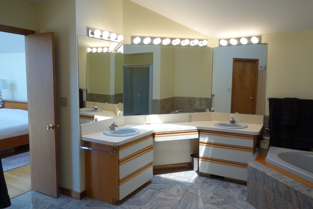31 Meadows Rd Chesapeake City MD Home for Sale - Master Bath