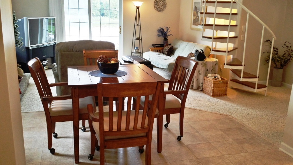 121 Knolwood Rd Elkton MD Waterfront Home for Sale - Dining Area
