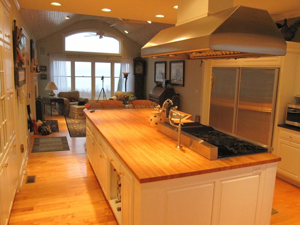 275 Hall Creek Dr Sassafras River Waterfront Home - Kitchen