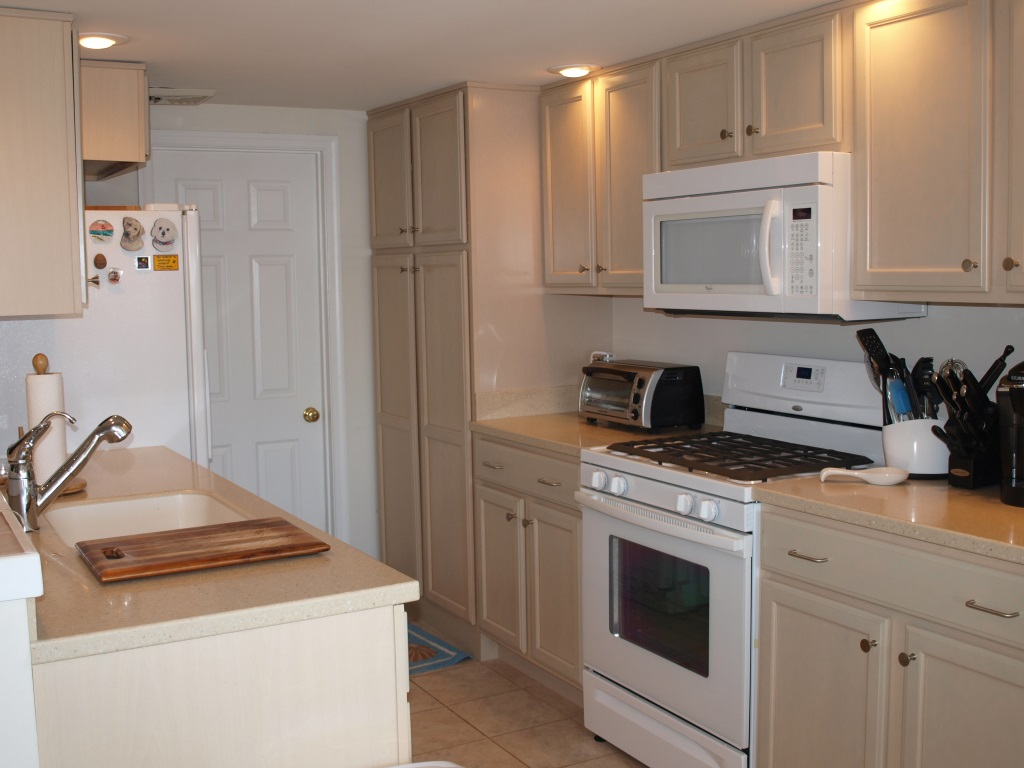 84 Crescent Ln Elkton MD Waterfront Home - Kitchen