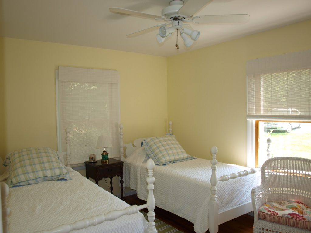 1659 Town Point Rd Chesapeake City Waterfront Home - Bedroom 2