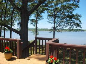 Tower Point! New Price! Elk River Waterfront!: 23 Tower Point Road