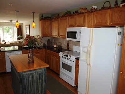 16 Boatyard Rd Chesapeake City MD Waterfront Home for Sale - Kitchen