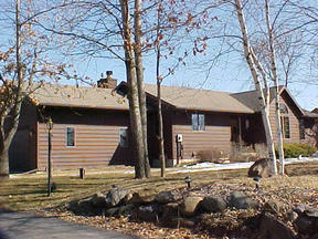 Residential : 8062 Burr Oak Trail