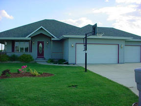 Evansville WI Residential For Sale: $2,147,483,647