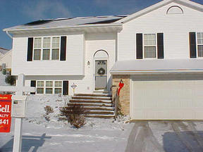 Madison WI Residential For Sale: $189,900