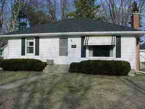 Verona WI Residential For Sale: $169,900