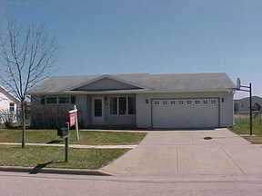 Evansville WI Residential For Sale: $159,900