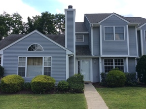 Single Family Home Sold: 17 Evergreen Way