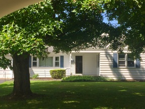 Single Family Home Sold: 12 Knollview Dr