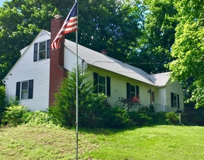 Pawling NY Single Family Home For Sale: $295,000