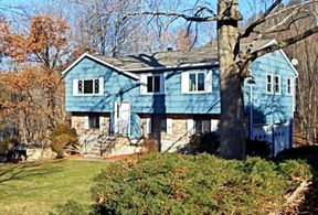 Residential Sold: 136 Mountain View Dr