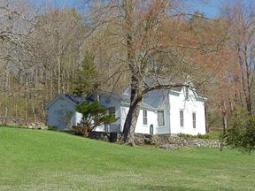 Residential Sold: 151 S. Quaker Hill Rd