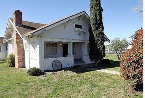 Single Family Home Sale Pending: 1551 South Thompson Avenue