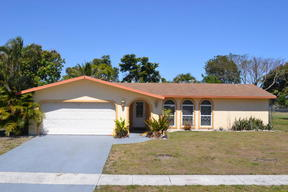 Single Family Home For Sale: 1781 SW 13th Place