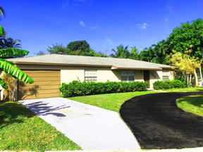 Boca Raton FL Pool Home For Sale: $2,400