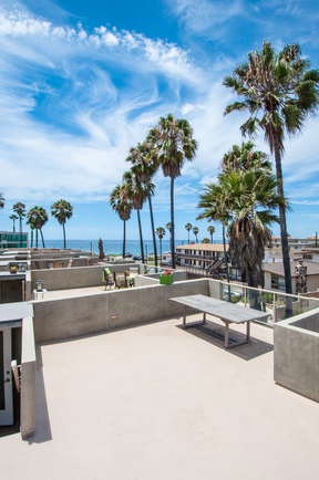Condo/Townhouse Sold: 106 Paseo De La Playa #A