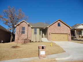 Single Family Home Sold: 3613 Oakridge Circle