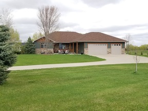 Trempealeau WI Single Family Home Sale Pending: $439,900