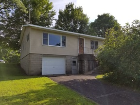 Trempealeau WI Single Family Home For Sale: $149,900