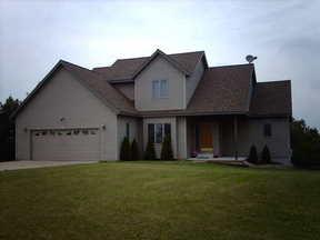 Residential : 1528 Meadowridge
