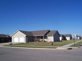 Residential : 900 Marlin St