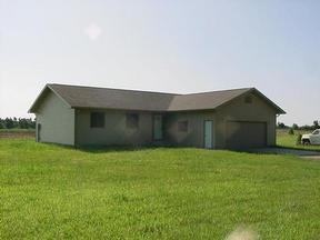 Residential : 1180 N Whispering Pines