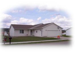 Residential : 821 Starlite Drive