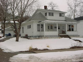 Residential : 24658 2nd St