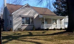 Residential : 409 Delta Street