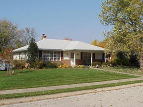 Residential : 1801 Lilac Road