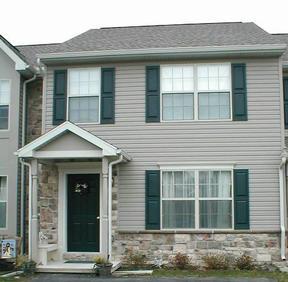 Residential : 9 Sara Lane