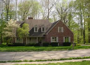 Residential : 6255 Deerwood Court